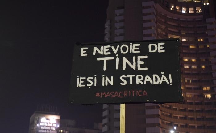 Proteste 8 noiembrie 2015 - Bucuresti, Piața Universitații - foto: Epoch Times România
