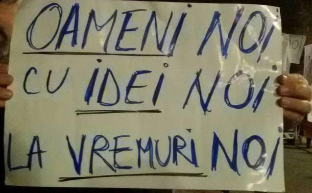 Proteste 9 noiembrie 2015, Bucuresti, Piata Universitatii - foto: Cristian Şoimaru