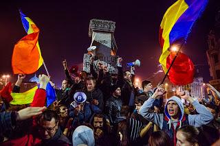 Proteste noiembrie 2015 - foto: marturiilehierofantului.blogspot.ro