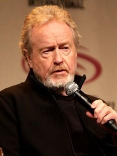 Sir Ridley Scott (n. 30 noiembrie 1937 în South Shields, Anglia), regizor de filme britanic considerat unul dintre cei influenți și mai renumiți regizori contemporani, cunoscut și recunoscut pentru stilul vizual deosebit - foto (Ridley Scott în 2012): ro.wikipedia.org