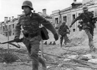 Germani pe străzile Stalingradului - foto: ro.wikipedia.org