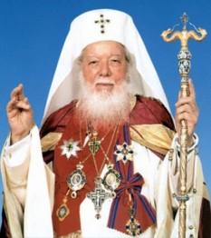 Teoctist, pe numele de mirean Toader Arăpașu, (n. 7 februarie 1915, Tocileni, județul Botoșani - d. 30 iulie 2007, București), patriarh al Bisericii Ortodoxe Române între anii 1986-2007 - foto: basilica.ro