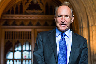 Sir Timothy John (Tim) Berners-Lee (n. 8 iunie 1955), programator englez, inventator al World Wide Web-ului -  foto: ro.wikipedia.org