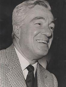 Vittorio De Sica (n. 7 iulie 1901 – d. 13 noiembrie 1974), regizor și actor de film italian - foto (De Sica in 1959): en.wikipedia.org