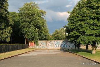 Bergstrasse, singura strada care mai este blocata de zid - foto: dreamtrips.ro