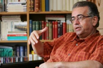 Dan C. Mihăilescu (n. 12 decembrie 1953, București) este critic literar, istoric literar și eseist român contemporan - foto: studentiq.ro