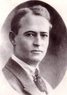 Gheorghe Cristescu (n. 10 octombrie 1882 – d. 29 noiembrie 1973), politician comunist român. A fost secretar general al Partidului Comunist din România (1921 - 1924) și a fost printre fondatorii acestuia. A fost supranumit Plăpumarul - foto: stelian-tanase.ro