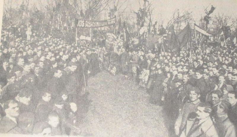 Demonstrație la funerariile lui  Ion C. Frimu - foto preluat de pe en.wikipedia.org
