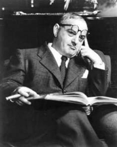 Ira Gershwin (n. 6 decembrie 1896 – d. 17 august 1983), renumit textier american care a colaborat alături de fratele său - marele compozitor George Gershwin - și scriitorul DuBose Heyward la crearea a unor cântece de mare succes, printre care opera Porgy and Bess - foto: cersipamantromanesc.wordpress.com