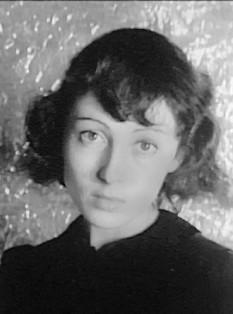Luise Rainer (n. 12 ianuarie 1910, Düsseldorf, Germania - 30 decembrie 2014,Bejing,china), actriță de film de origine germană, dublă laureată a premiului Oscar - foto: ro.wikipedia.org