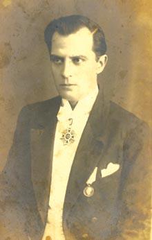 """Nicolae Leonard sau Nae Leonard (n. 13 decembrie 1886, Bădălan, Galați - d. 24 decembrie 1928, Câmpulung) - tenor. Supranumit """"Prințul operetei""""  foto: ro.wikipedia.org"""