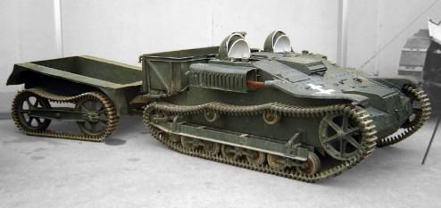 Uzinele Malaxa au fabricat sub licență 126 de șenilete Renault UE. Nicolae Malaxa le-a dat legionarilor două șenilete direct de pe linia de producție în timpul rebeliunii din 1941, fapt care a condus la confiscarea uzinelor de către statul român - foto: ro.wikipedia.org