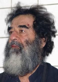 Sadam Husein (n. 28 aprilie 1937, satul Al-Awja, Irak; d. 30 decembrie 2006, Bagdad), președinte al Irakului în perioada 1979 - 2003 și prim-ministru al acestei țări între 1979 - 1991 și 1994 - 2003 - foto: ro.wikipedia.org