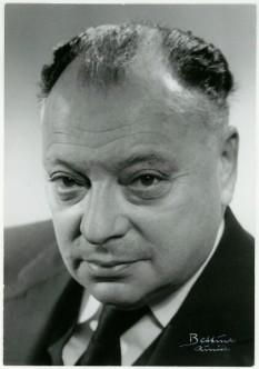 Wolfgang Ernst Pauli (n. 25 aprilie, 1900 — d. 15 decembrie, 1958) , fizician austriac care s-a remarcat prin teoria spinului, laureat al Premiului Nobel pentru Fizică în 1945 - foto: ro.wikipedia.org
