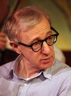 Woody Allen (numele inițial Allen Stewart Konigsberg, numele legal Heywood Allen, n. 1 decembrie 1935, New York), unul dintre cei mai importanți regizori de film și comedieni americani - foto:  ro.wikipedia.org