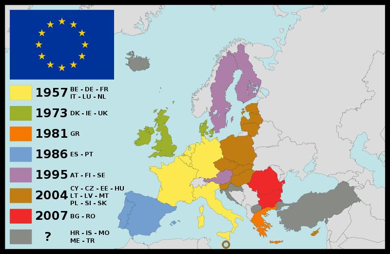 12 decembrie 2002: Uniunea Europeană a invitat zece țări candidate la aderare – Polonia, Cehia, Ungaria, Slovenia, Slovacia, Estonia, Letonia, Lituania, Cipru și Malta – să i se alăture începând cu data de 1 mai 2004 - foto: ro.wikipedia.org