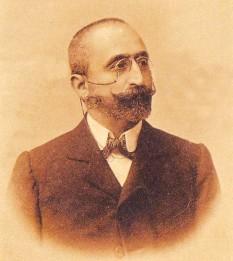 Alexandru C. Cuza, cunoscut ca și A. C. Cuza (n. 8 noiembrie 1857, Iași — d. 3 noiembrie 1947, Sibiu) a fost un profesor de economie politică la Universitatea din Iași, om politic, militant antisemit și membru titular al Academiei Române din 1936 - foto: ro.wikipedia.org