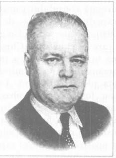 Anton Crihan (n. 10 iulie 1893, Sîngerei, Gubernia Basarabia - d. 9 ianuarie 1993, Saint-Louis, SUA) a fost un avocat, autor, economist, politician, profesor și publicist român basarabean, membru al Sfatului Țării (1917), subsecretar de stat al Agriculturii în Directoratul General al Republicii Moldovenești (1917), deputat în Parlamentul României (1919, 1920, 1922, 1932), subsecretar de stat la Ministerul Agriculturii și Domeniilor (1932-1933), profesor la Universitatea Politehnică din Iași și la Facultatea de Agronomie din Chișinău (1934-1940) - foto: ro.wikipedia.org