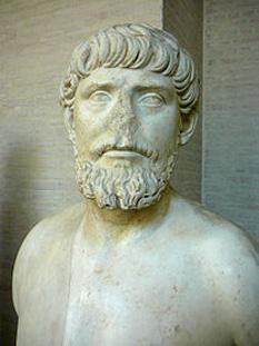 Apolodor sau Apollodoros din Damasc (c. 60 - c. 125) a fost un arhitect greco-sirian, favorit al împăratului roman Traian. Este creditat cu numeroase monumente și clădiri - foto: ro.wikipedia.org