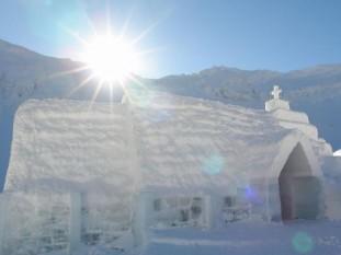 Biserica de Gheata de la Balea Lac - foto: vremeanoua.ro