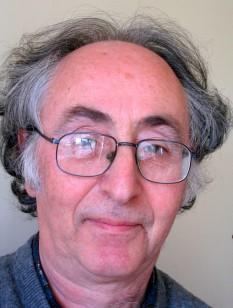 Brian David Josephson (n. 4 ianuarie 1940, Cardiff) este un fizician britanic, evreu din Țara Galilor, laureat al Premiului Nobel pentru Fizică în 1973 pentru descoperirea efectului care-i poartă numele - foto: en.wikipedia.org