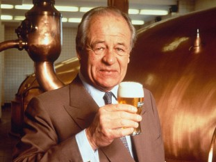 "Alfred Henry ""Freddy"" Heineken (4 November 1923 – 3 January 2002) was a Dutch businessman for Heineken International, the brewing company bought in 1864 by his grandfather Gerard Adriaan Heineken in Amsterdam - foto: independent.co.uk"