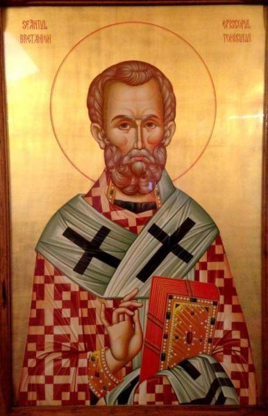 Sfântul Ierarh Grigorie Teologul (329-390), cunoscut și ca Grigorie de Nazianz, a fost un mare sfânt părinte și învățător al Bisericii. Prăznuirea lui se face pe 25 ianuarie, iar la 19 ianuarie se prăznuiește aducerea moaștelor sale în biserica Sfinților Apostoli din Constantinopol. De asemenea, pe 30 ianuarie, la praznicul Sfinților Trei Ierarhi, și sfântul Grigorie Teologul este comemorat de Biserică, împreună cu sfinții Vasile cel Mare și Ioan Gură de Aur - foto: basilica.ro