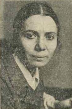 Ileana Mălăncioiu (n. 23 ianuarie 1940, Godeni, Argeș) este o poetă contemporană și o eseistă română, publicistă, disidentă și activist civic. Din martie 2013 este membru corespondent al Academiei Române - in imagine, Ileana Mălăncioiu intr-o fotografie din Revista 22, 1990 - foto: ro.wikipedia.org