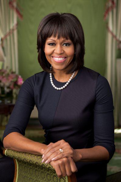 Michelle LaVaughn Robinson Obama (născută pe 17 ianuarie 1964) este soţia celui de-al patruzeci şi patrulea preşedinte al Statelor Unite al Americii, Barack Obama - foto: ro.wikipedia.org