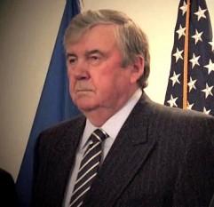 Mircea Ion Snegur (n. 17 ianuarie 1940, satul Trifănești, județul Soroca, azi raionul Florești) este un om politic moldovean, care a fost primul președinte al Republicii Moldova (1990–1997) - foto: ro.wikipedia.org