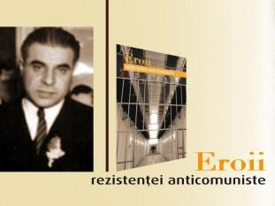 Victor Papacostea (n. 1900 – d. 1962) a fost un istoric, fondator al Institutului de Studii Balcanice din București, fruntaș P.N.L. și fost subsecretar de stat la Ministerul Educației Naționale în guvernele Sănătescu și Rădescu - foto: cersipamantromanesc.wordpress.com