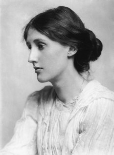 Virginia Woolf (nume original Adeline Virginia Stephen, n. 25 ianuarie 1882, Londra - d. 28 martie 1941) a fost o scriitoare engleză, eseistă, feministă, editoare și scriitoare de povești, cunoscută drept una dintre figurile moderniste literare de frunte ale secolului al XX-lea - foto: ro.wikipedia.org