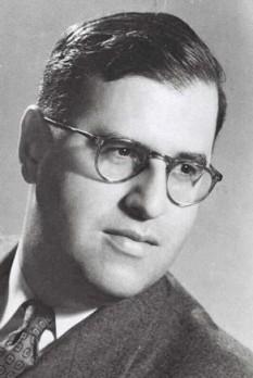 """Abba Eban, născut sub numele de Aubrey Solomon Meir Eban (n. 2 februarie 1915 Capetown - d. 17 noiembrie 2002) a fost un diplomat și om politic israelian. I se atribuie citatul: """"Consensul este ceea ce mai mulți oameni spun în cor, dar nu cred fiecare în parte."""" - foto: ro.wikipedia.org"""