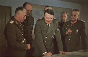 11 fenruarie 1942: Întâlnirea mareșalului Ion Antonescu cu Hitler la Cartierul general al acestuia din Prusia orientală - foto: cersipamantromanesc.wordpress.com