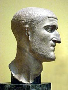 """Gaius Flavius Valerius Constantius (n. 31 martie 250, d. 25 iulie 306) , cunoscut și sub numele Constanțiu I sau Constantius Chlorus (din grec. χλωρός, """"cel palid""""), a fost împărat al Imperiului Roman de Apus (305–306). A fost tatăl lui Constantin cel Mare - foto: ro.wikipedia.org"""