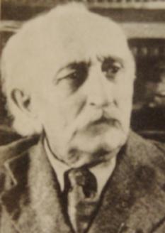 Dmitry Gulia (n. 1874 - d. 1960) este un scriitor abhaz. El este considerat părintele literaturii abhaze. Deasemenea, Dmitri Gulia este cel care a creat alfabetul abhaz, pe baza celui chirilic. A scris poeme, povești și romane. A fost culegător de folclor și a întemeiat primul ziar abhaz, Apsna - foto: ro.wikipedia.org