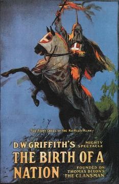 Nașterea unei națiuni (denumire originală The Birth of a Nation, numit inițial The Clansman) este un film mut dramatic din 1915 regizat de D. W. Griffith bazat pe romanul și piesa de teatru The Clansman, ambele scrise de Thomas Dixon, Jr.. Griffith a realizat și scenariul (împreună cu Frank E. Woods) și este producător al filmului (cu Harry Aitken). A avut premiera la 8 februarie 1915. Filmul a fost inițial prezentat în două părți separate de o pauză - foto: ro.wikipedia.org
