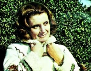 Doina Badea (n. 6 ianuarie 1940, Craiova - d. 4 martie 1977, București), a fost o cântăreață de muzică ușoară. A absolvit Școala Populară de Artă din Craiova și imediat a început colaborarea cu Corul Filarmonicii de Stat «Oltenia», cu care a avut mai multe turnee și spectacole. A colaborat cu teatre muzicale și de revistă din țară. A debutat în 1960, pe scena teatrului din Deva și s-a remarcat prin vocea ei deosebită, gravă, puternică și cu un ambitus puternic - foto: cinemagia.ro