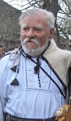 Ernest Maftei (n. 6 martie 1920, Prăjești, județul Bacău - d. 19 octombrie 2006, București) a fost un actor român, epigramist și adept al Mișcării Legionare - foto: ro.wikipedia.org