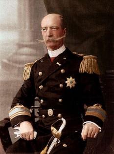 George I (24 decembrie 1845 – 18 martie 1913) a fost rege al Greciei din 1863 până în 1913. Născut prinț al Danemarcei, George avea numai 17 ani când a fost ales rege de Adunarea Națională a Greciei, care l-a detronat pe regele Otto. Numirea lui a fost sugerată și susținută de Marile Puteri (Marea Britanie, Franța și Rusia). Ca primul monarh al noii Grecii, domnia lui de 50 de ani (cea mai lungă din istoria modernă a Greciei) a fost caracterizată de câștiguri teritoriale pentru Grecia în urma Primului Război Mondial. Cu două săptămâni înainte de aniversarea a 50 de ani de domnie și în timpul primului război balcanic a fost asasinat. În contrast cu domnia lui, domniile următoare s-au dovedit scurte și nesigure - foto: ro.wikipedia.org