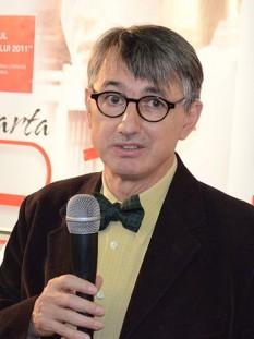 Horia-Roman Patapievici (n. 18 martie 1957, București) este un scriitor, fizician, filosof și eseist român contemporan - in imagine, Horia-Roman Patapievici, la Târgul de Carte Gaudeamus 2011 - foto: ro.wikipedia.org