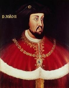 João II, Rege al Portugaliei, Prințul Perfect, al patrusprezecelea rege al Portugaliei și Algarves, s-a născut în Lisabona, pe 3 martie 1455, și a murit în Alvor, pe 25 octombrie 1495. A fost fiul regelui Alfonso al V-lea al Portugaliei, și a Elisabetei de Coimbra, prințesa Portugaliei. Ioan al II-lea i-a urmat pentru scurt timp pe tron tatălui său în 1477, când acesta s-a retras la o mânăstire, dar a devenit rege doar în 1481 - foto: ro.wikipedia.org