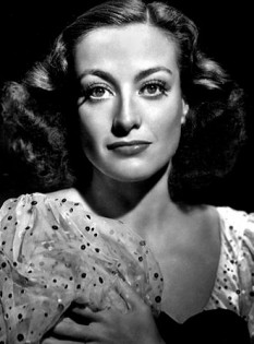 Joan Crawford (n. 23 martie 1904 San Antonio, Texas, USA - d. 10 mai 1977, New York City, New York, USA) a fost o actriță americană de teatru și film, laureată a premiului Oscar - in imagine, Joan Crawford în 1936 - foto: ro.wikipedia.org
