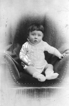 Micul Adolf Hitler (1890) - foto: ro.wikipedia.org