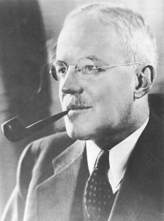 Allen Welsh Dulles (April 7, 1893 – January 29, 1969) was an American diplomat and lawyer who became the first civilian Director of Central Intelligence and its longest-serving director to date. As head of the Central Intelligence Agency during the early Cold War, he oversaw the 1954 Guatemalan coup d'état, Operation Ajax (the overthrow of Iran's elected government), the Lockheed U-2 aircraft program and the Bay of Pigs Invasion. Following the assassination of John F. Kennedy, Dulles was one of the members of the Warren Commission. Between his stints of government service, Dulles was a corporate lawyer and partner at Sullivan & Cromwell. His older brother, John Foster Dulles, was the Secretary of State during the Eisenhower Administration - foto: en.wikipedia.org