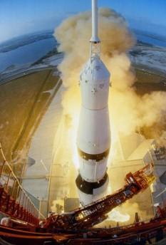 4 aprilie 1968: Programul Apollo: NASA lansează Apollo 6 - foto: ro.wikipedia.org
