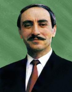 Djohar Musaievici Dudaev (n. 15 februarie 1944 – d. 21 aprilie 1996) a fost un general și politician cecen, liderul mișcării separatiste cecene din anii '90, primul președinte al auto-proclamatei Republici Cecene Ichkeria. În trecut, Dudaev a fost general-maior de aviație, singurul general al Armatei Sovietice de naționalitate cecenă - foto: en.wikipedia.org