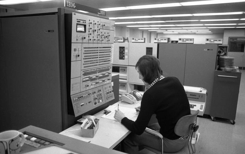 7 aprilie 1964: IBM prezintă primul model din seria 360 - foto: ro.wikipedia.org