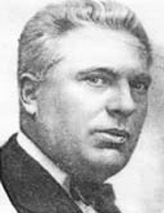 """Negoiță Dănăilă (n. 17 aprilie 1878, Bucești, Ivești, Galați - d. 5 februarie 1953) a fost un chimist român, membru de onoare al Academiei Române. A intrat în istoria chimiei ca fondator al școlii de chimie tehnologică din România și al învățământului superior de chimie industrială, prin înființarea în 1919 a Institutului de Chimie Industrială. A urmat Școala primară în satul natal, Bucești, iar apoi Liceul Internat din Iași. A absolvit Universitatea din Iași, Facultatea de Științe, secția fizică-chimie în 1902, plecând cu o bursă din fondurile """"Casei școalelor"""" la Școala Politehnică din Charlottenburg - Berlin (1904-1908), unde a obținut în 1909 diploma de doctor a Universității Tehnice din Charlottenburg - foto: cersipamantromanesc.wordpress.com"""
