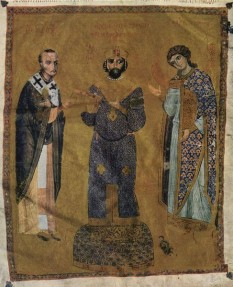 """Nichifor Botaneiates a fost un împărat bizantin între 1078 și 1081, numărându-se pe sine printre urmașii neamului Phokas. Fără îndoială, el se bucura de mai multă autoritate în mediul aproape tuturor categoriilor sociale ale Imperiului decât incapabilul Mihail VII Ducas. În orice caz, după încoronarea lui Botaniates (3 aprilie 1078), el a fost recunoscut suveran până și de independentul Philaretos Bahramios. Noul basileu l-a executat pe Nichiforitzes, care era detestat de mulți, însă în schimb i-a înălțat pe doi favoriți, nu mai puțin cruzi și lacomi, """"sciții"""" Borilos și Germanos, foștii săi sclavi. În ciuda bătrâneții sale, Nichifor al III-lea s-a căsătorit cu frumoasa împărăteasă Maria, deși primul soț al acesteia, Mihail VII Ducas, era încă în viață. Pentru aceasta, papa Grigore al VII-lea a aruncat anatema asupra basileului - foto: ro.wikipedia.org"""